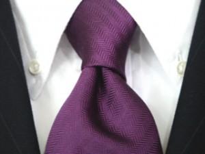 ネクタイの上手な選び方とネクタイにあったシャツの選び方。男が気をつけるべきポイントは・・・。
